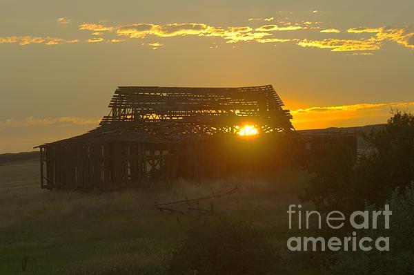 Jeff Swan - Sunset Behind An Old Barn