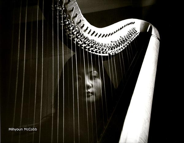Mihyoun  Lee - The Beautiful Ones Series-A Harpist