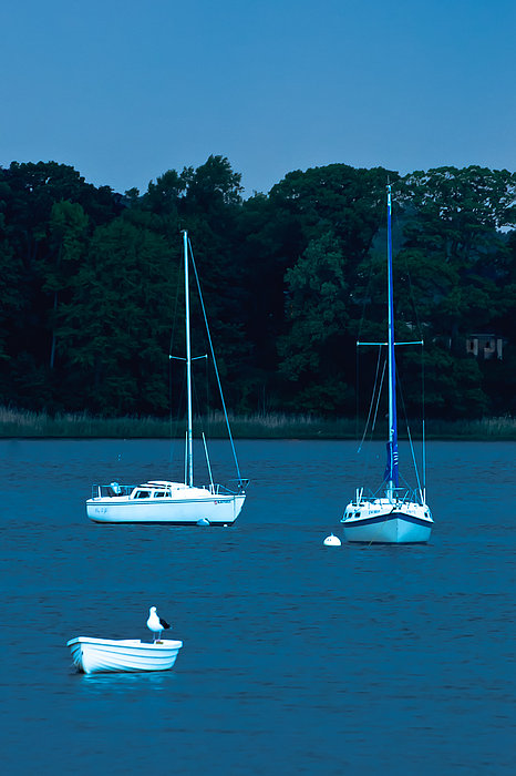 Gary Slawsky - Three Boats In Twilight On The Navesink River