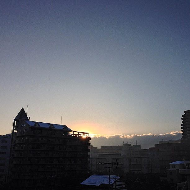 Sky Photograph - 今日は天気良さそう^ ^ #tokyo by Tokyo Sanpopo