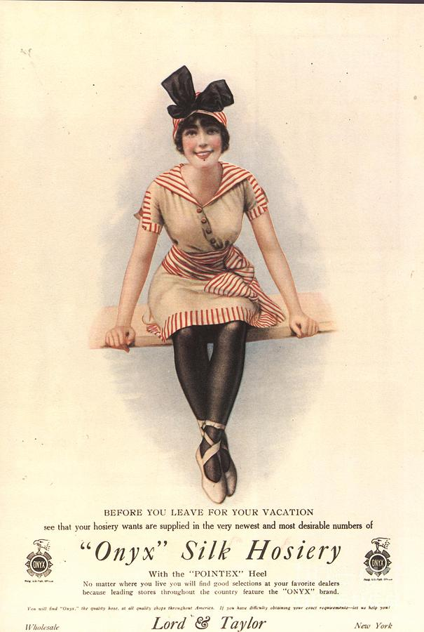 1910�s Drawing -  1915 1910s Usa Onyx Silk Stockings by The Advertising Archives