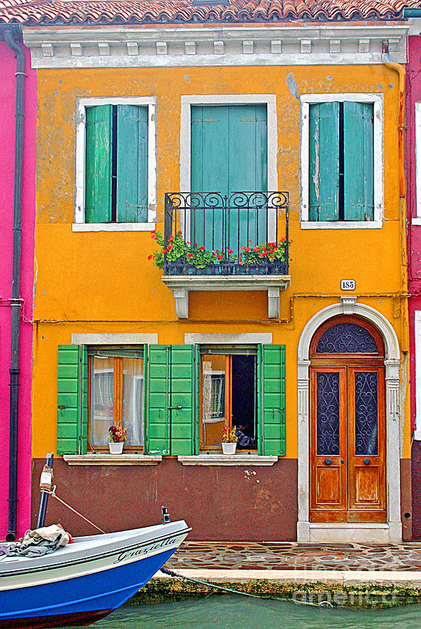 Colorful House 0578 burano italy colorful house photographsteve sturgill