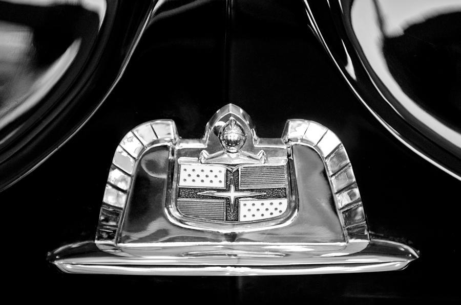 Black And White Photograph - 1950 Lincoln Cosmopolitan Limousine Emblem by Jill Reger