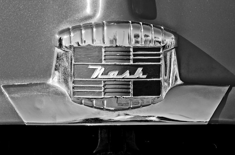 1951 Nash Emblem Photograph - 1951 Nash Emblem by Jill Reger
