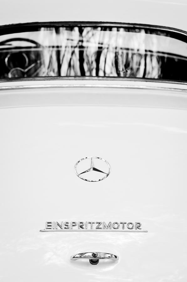 Mercedes Benz Emblem Photograph - 1956  Mercedes-benz Einspritzmotor Rear Emblem by Jill Reger