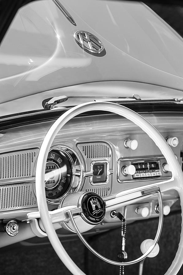 1962 Volkswagen Vw Beetle Cabriolet Steering Wheel Photograph - 1962 Volkswagen Vw Beetle Cabriolet Steering Wheel by Jill Reger