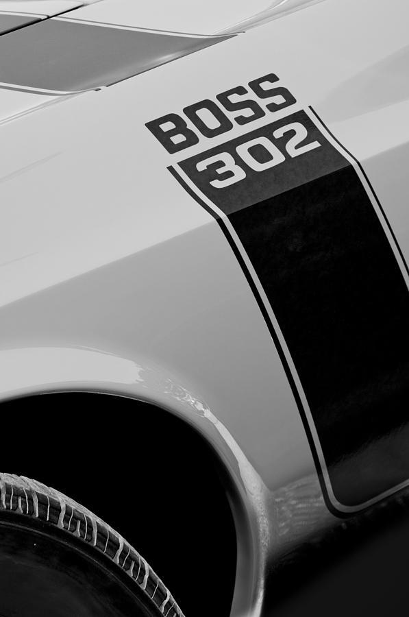 Muscle Car Photograph - 1970 Ford Mustang Sportsroof Boss 302 Emblem by Jill Reger