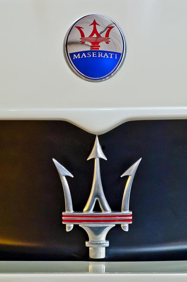 Maserati Photograph - 2005 Maserati Mc12 Hood Emblem by Jill Reger