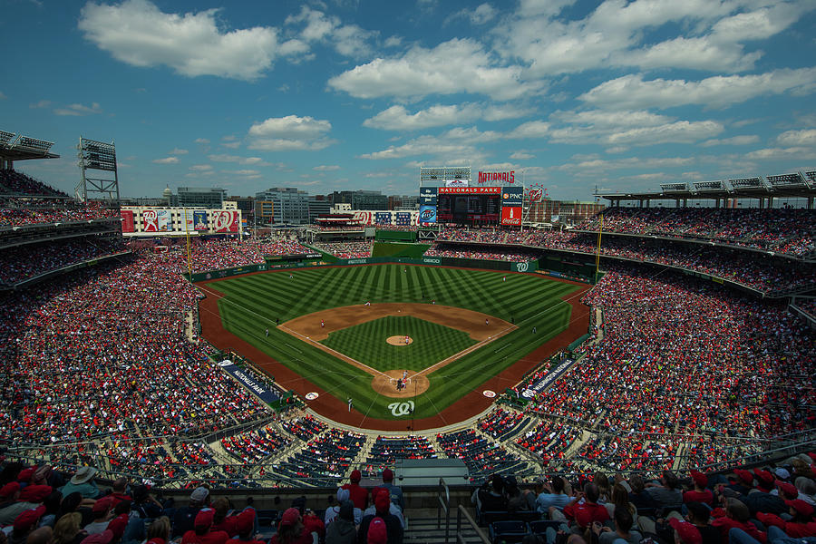 Atlanta Braves V. Washington Nationals Photograph by Rob Tringali