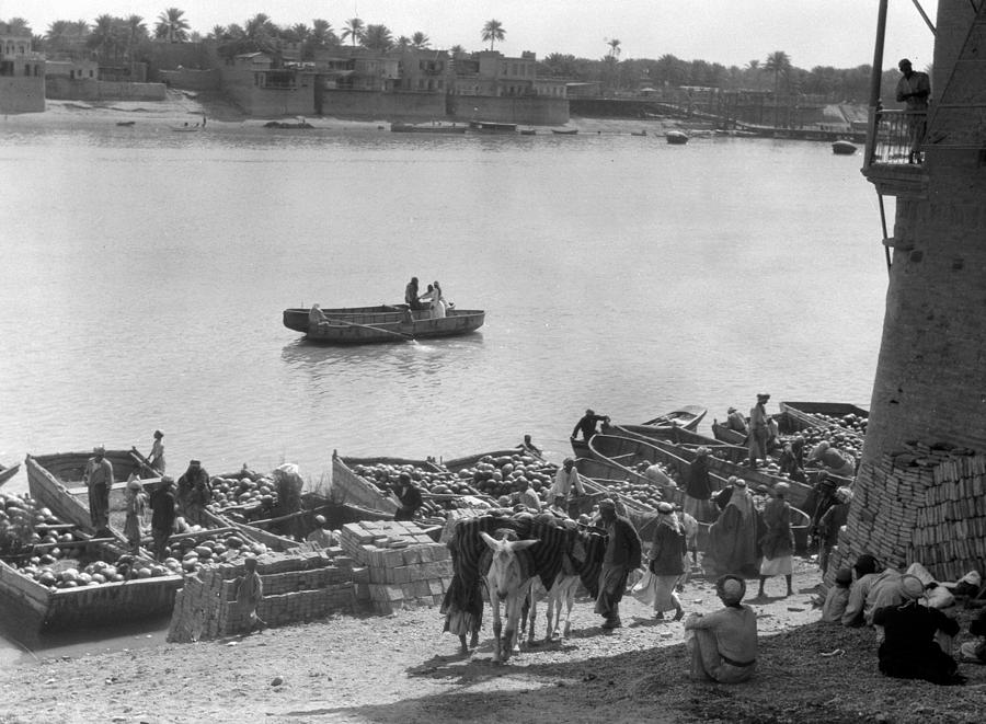 1932 Photograph - Baghdad Tigris River, 1932 by Granger