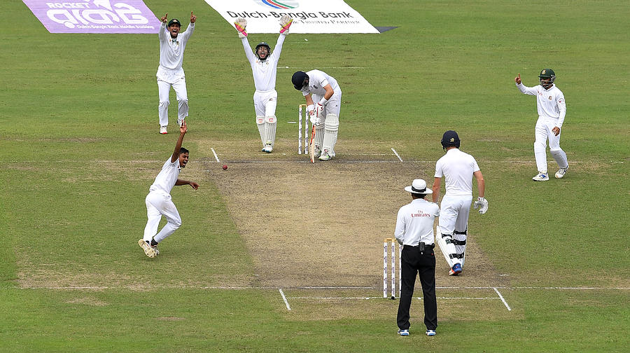 Bangladesh v England - Second Test: Day Two Photograph by Gareth Copley