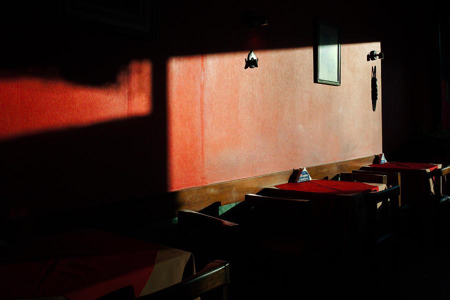 Bar by Osvaldo Hamer