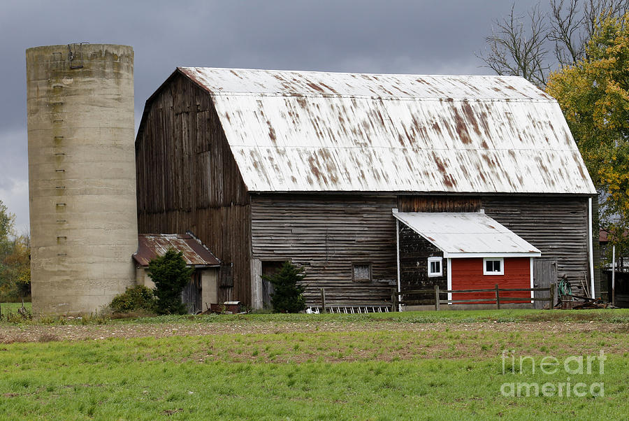 Barn Photograph - Barn by Kathy DesJardins