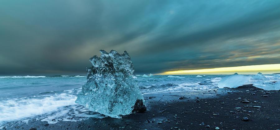 Art Wolfe Photograph - Bergy Bits, Iceland by Art Wolfe