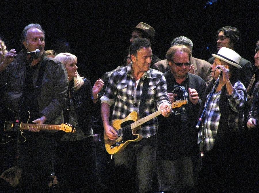 Bruce Springsteen Photograph - Bruce Springsteen by Melinda Saminski