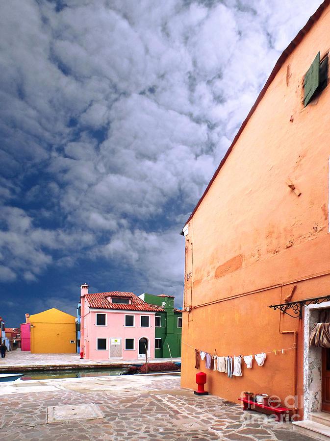 Burano Photograph - Burano 07 by Giorgio Darrigo