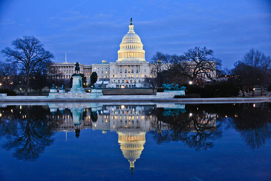 Architectural Detail Photograph - Capitol Reflecting Pool by Richard Nowitz
