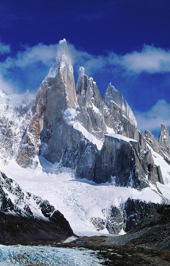 Cerro Torre 3102m From Laguna Torre Photograph by Richard Ianson