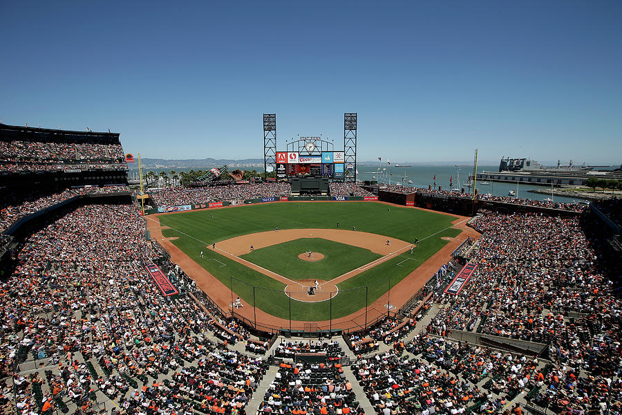 Chicago Cubs V San Francisco Giants Photograph by Ezra Shaw