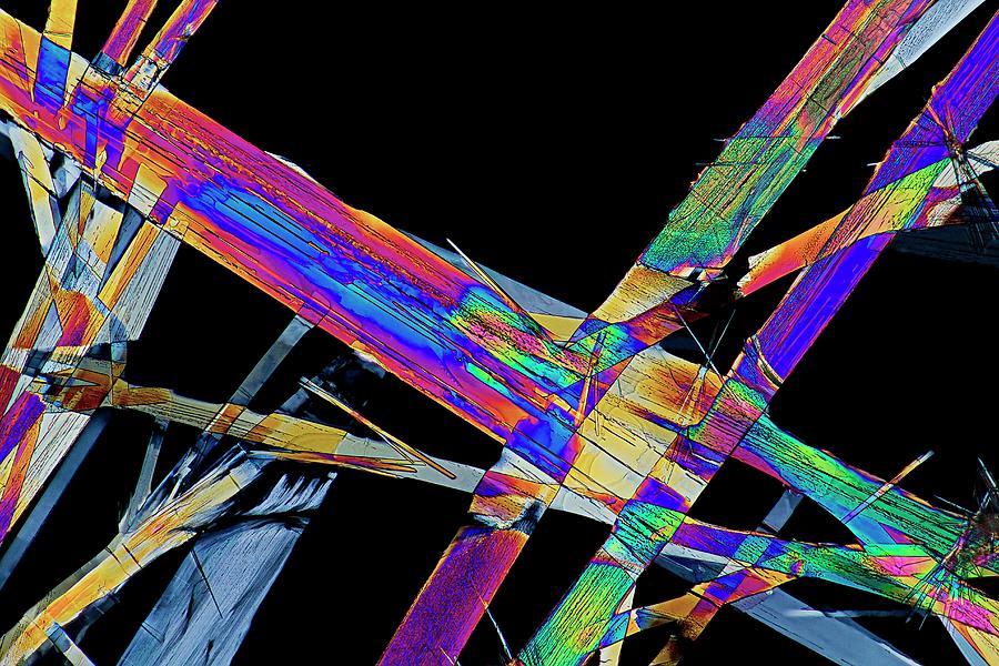 Antibacterial Photograph - Ciprofloxacin Antibiotic Drug Crystals by Antonio Romero/science Photo Library