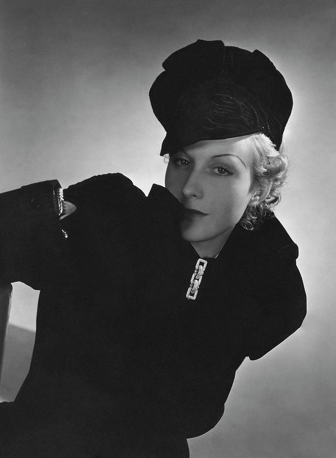 Cora Hemmet Wearing Reboux And Boucheron Photograph by Horst P. Horst