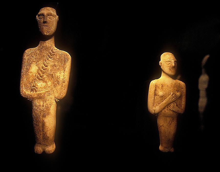 Cycladic Figurines Photograph - Cycladic Figurines by Andonis Katanos