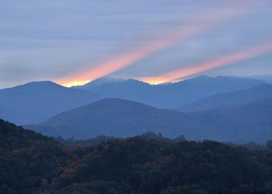 Gatlinburg Photograph - Dawn Of Gatlinburg by Nian Chen
