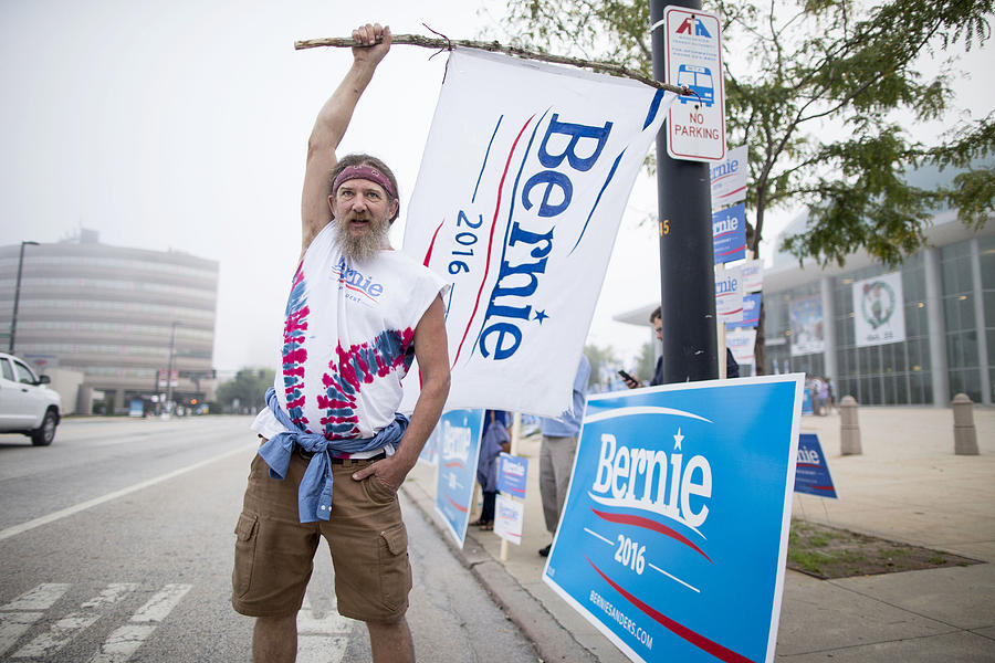 Democratic Candidates Attend New Hampshire Democratic Party Convention Photograph by Scott Eisen