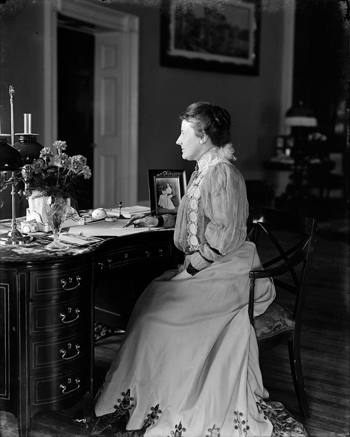 1890 Photograph - Edith Roosevelt (1861-1948) by Granger