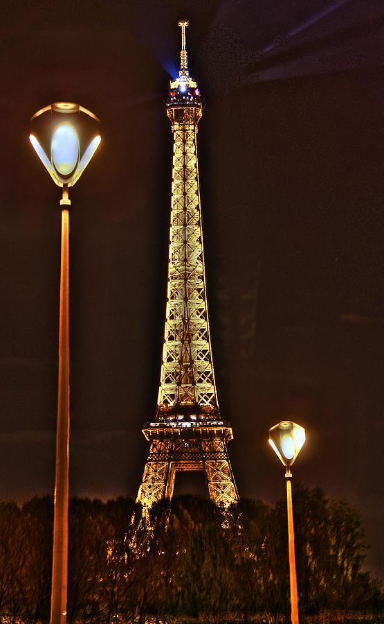 Eiffel Tower Photograph - Eiffel Tower by Steve Ellenburg