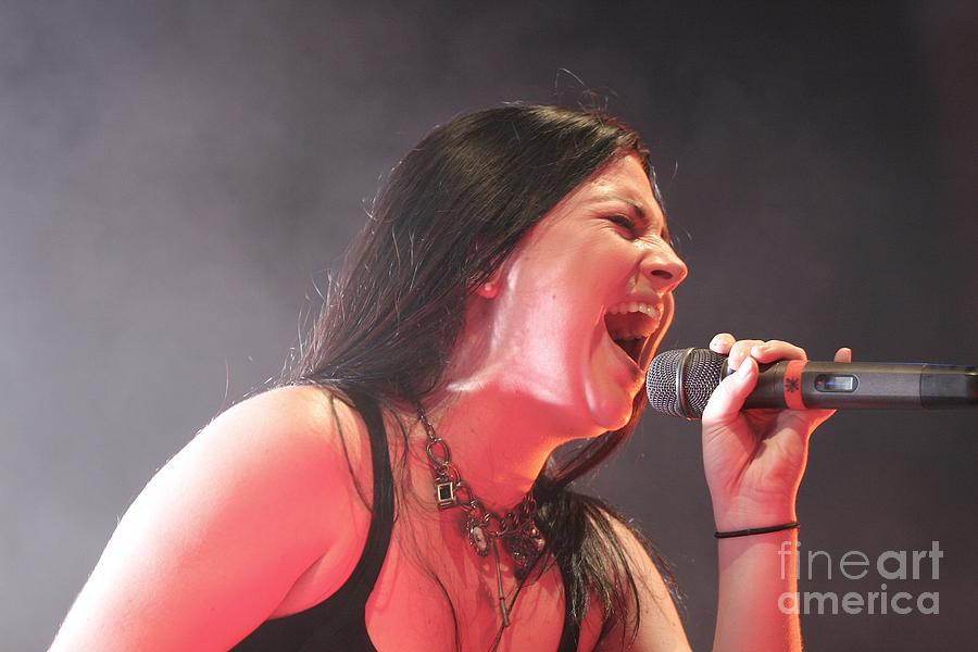 Performance Photograph - Evanescence by Concert Photos