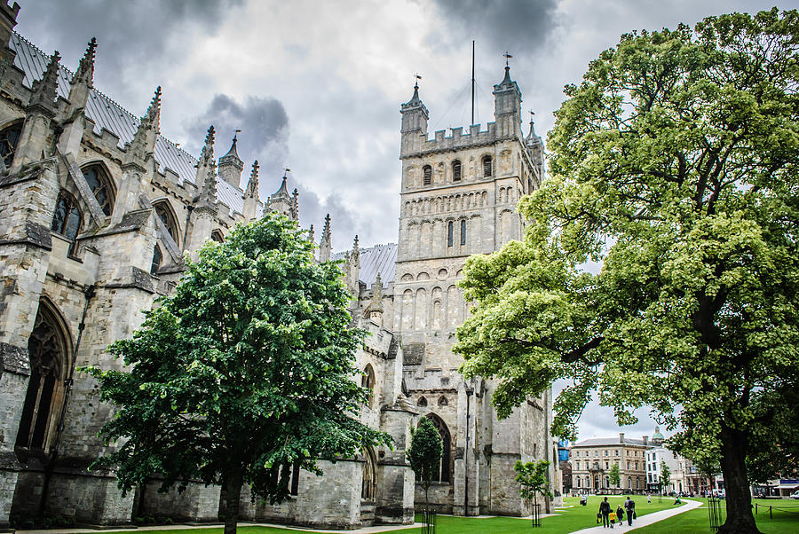 Exeter Cathedral by Richard Jemmett