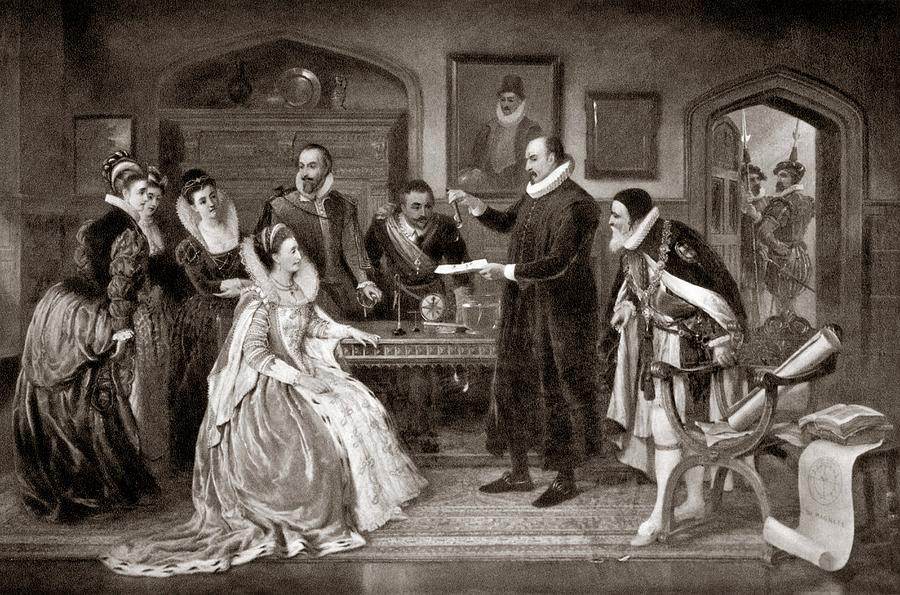 William Gilbert Photograph - Gilbert Shows Electricity To Elizabeth I by Science Photo Library