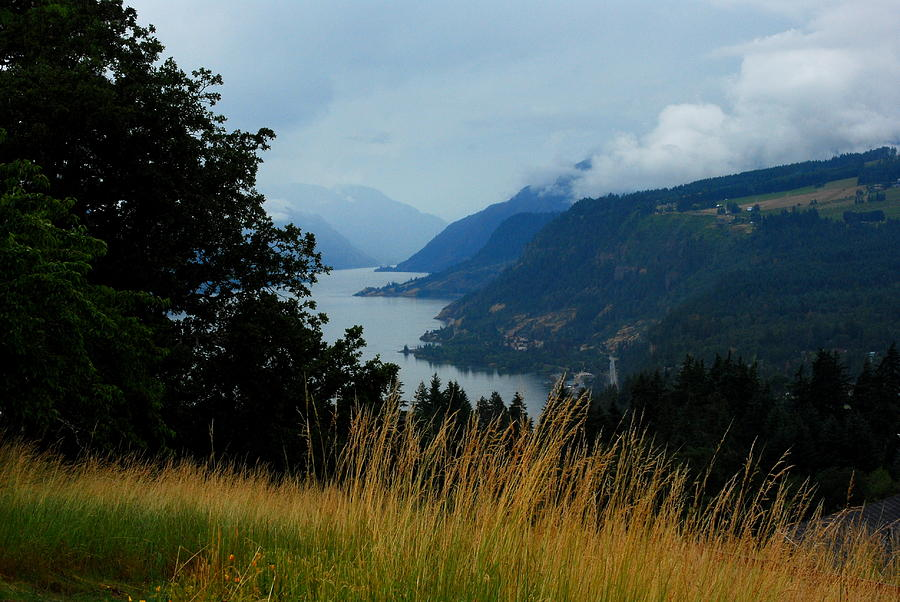 Columbia Gorge Photograph - Gorgeous Gorge by Mamie Gunning