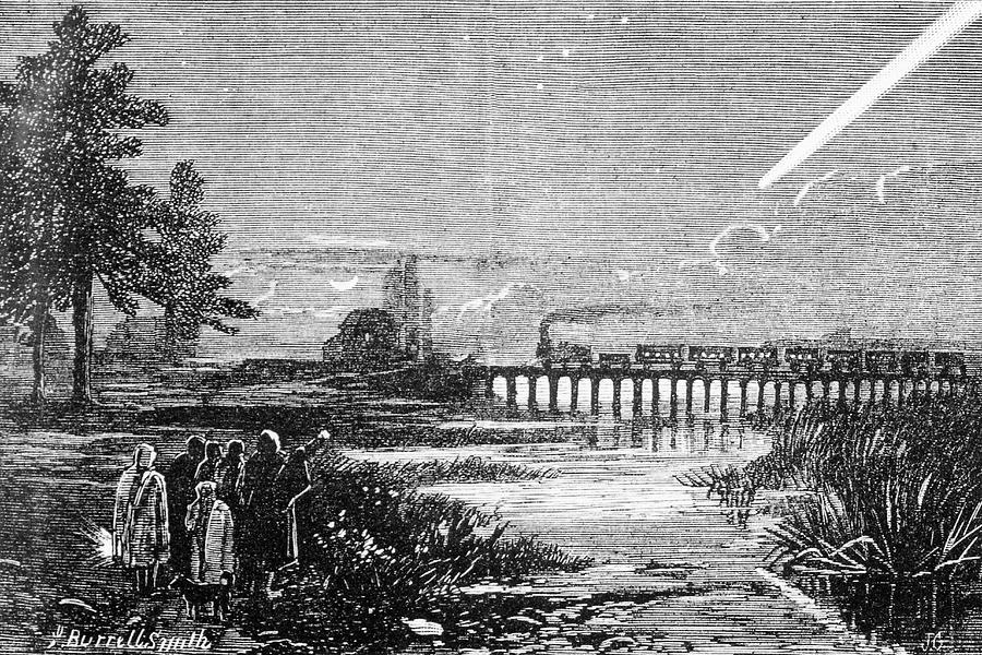 Human Photograph - Great Comet Of 1882 by Royal Astronomical Society/science Photo Library