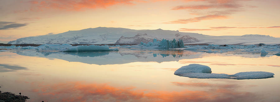 Iceland, Skaftafell, Jokulsarlon Photograph by Travelpix Ltd