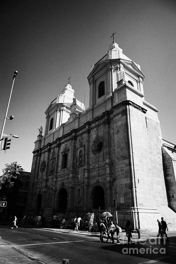 Iglesia Photograph - Iglesia De Santo Domingo Santiago Chile by Joe Fox