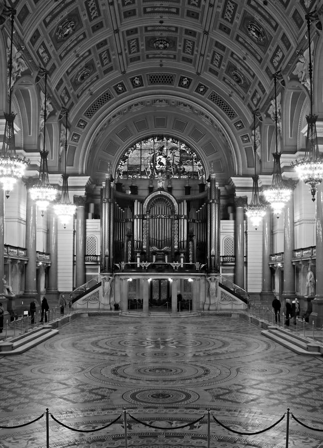 Ancient Photograph - Interior Of St Georges Hall Liverpool Uk Grade 1 Listed Build by Ken Biggs
