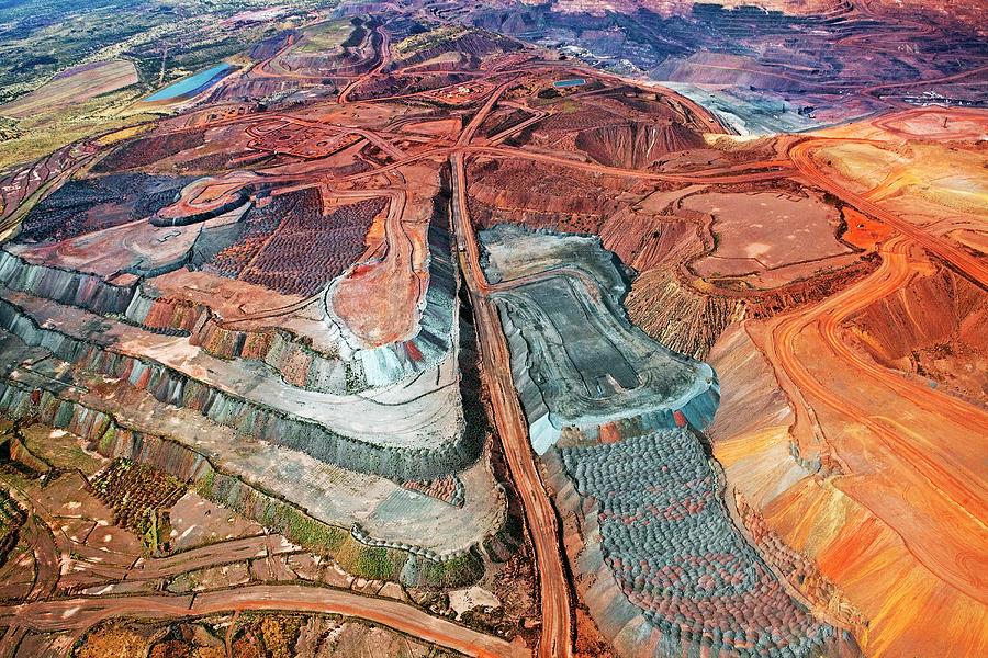 Iron Ore Mine, Mount Whaleback Photograph by John W Banagan