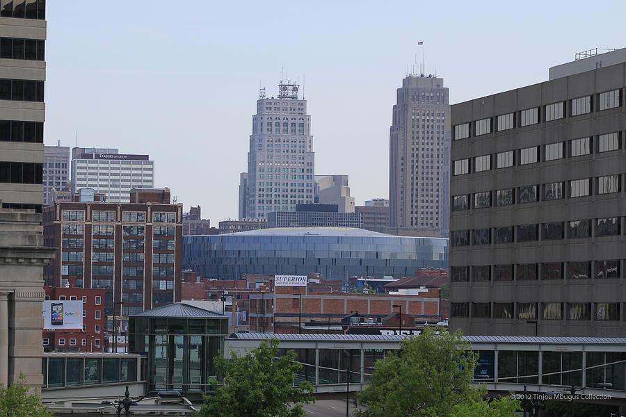 Kansas City Photos Photograph - Kansas City by Tinjoe Mbugus