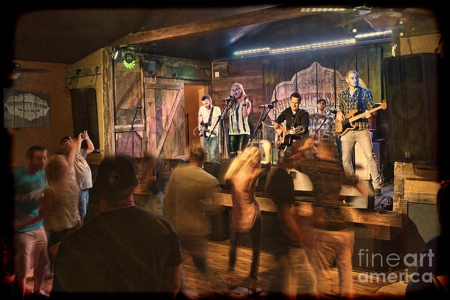 Singing Photograph - Keri Leigh Singing At Schmitts Saloon by Dan Friend