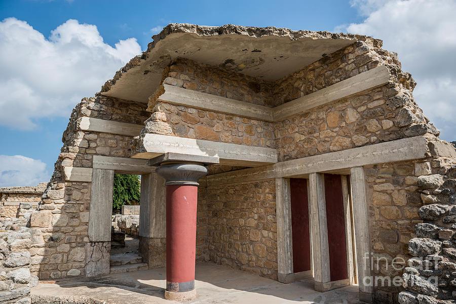 Knossos Photograph - Knossos Palace by Luis Alvarenga