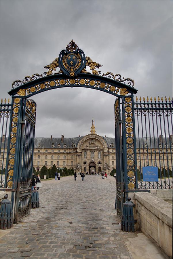Paris Photograph - Les Invalides - Paris France - 01138 by DC Photographer