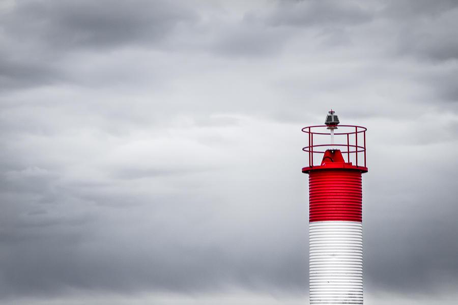 Toronto Photograph - Lighthouse by Milan Kalkan