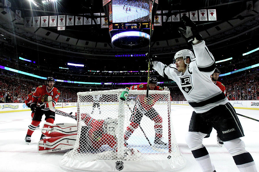Los Angeles Kings V Chicago Blackhawks Photograph by Jonathan Daniel