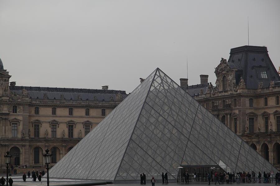Paris Photograph - Louvre - Paris France - 01133 by DC Photographer