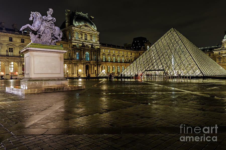 Architecture Photograph - Louvre Pyramid And Pavillon Richelieu by Rostislav Bychkov