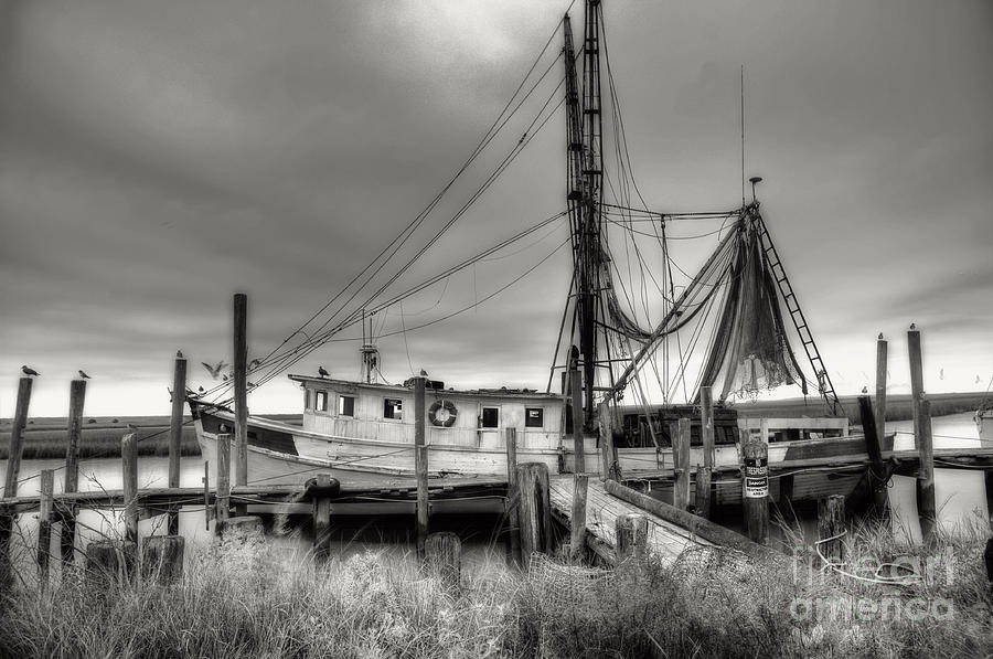 Shrimp Boat Photograph - Lowcountry Shrimp Boat by Scott Hansen