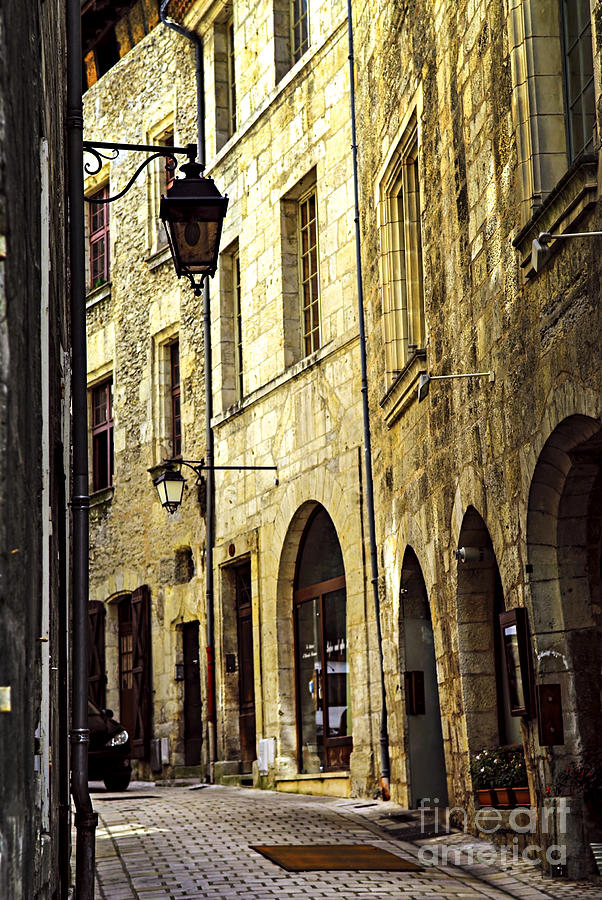 Perigueux Photograph - Medieval Street In France by Elena Elisseeva