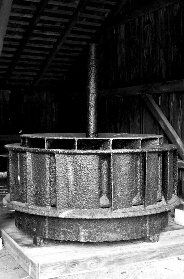 Metal Photograph - Mill Wheel by Pablo Rosales